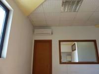 capannone comm. - 200 mq uffici + 400 mq lab. - scoperto esclusivo 400 mq