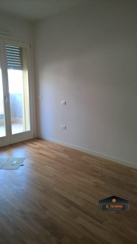 Appartamento in vendita a Vicenza, 4 locali, zona Località: Mercato Nuovo, prezzo € 270.000 | CambioCasa.it