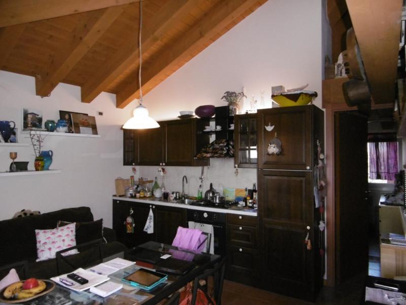 Appartamento in buone condizioni arredato in vendita Rif. 4102165