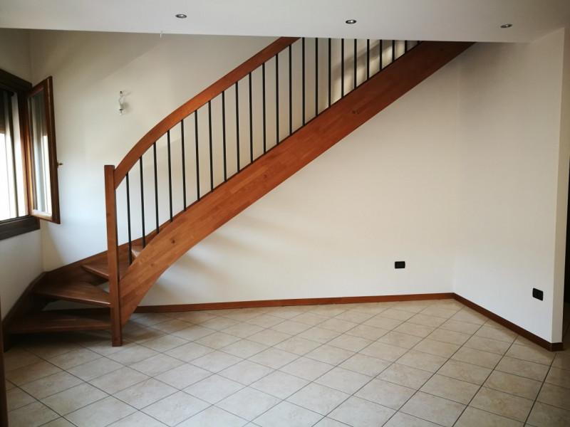 Appartamento in vendita a Montegalda, 4 locali, zona Località: Montegalda - Centro, prezzo € 109.000 | CambioCasa.it
