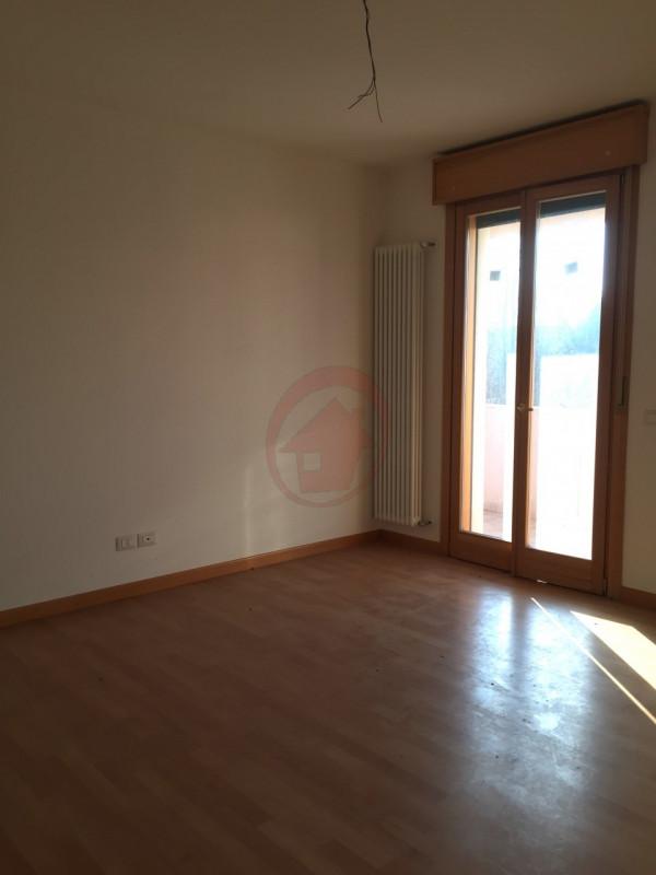 RECENTE MINI A PADOVA TORRE - https://media.gestionaleimmobiliare.it/foto/annunci/170628/1592717/800x800/002__img_6812_wmk_0.jpg