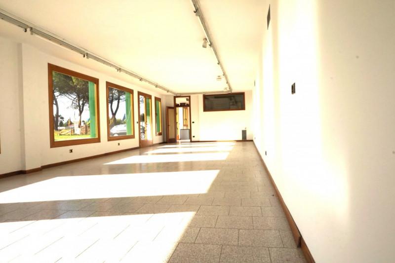 Capannone in vendita a Mellaredo di Pianiga - https://media.gestionaleimmobiliare.it/foto/annunci/170801/1615962/800x800/004__dsc06105.jpg