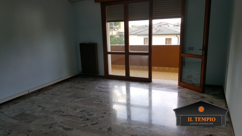 Appartamento in affitto a Quinto Vicentino, 5 locali, zona Zona: Villaggio Monte Grappa, prezzo € 800 | CambioCasa.it