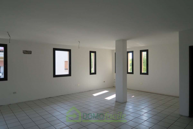 UFFICIO OPEN SPACE COSTABISSARA - https://media.gestionaleimmobiliare.it/foto/annunci/170907/1624058/800x800/004__image00005.jpg