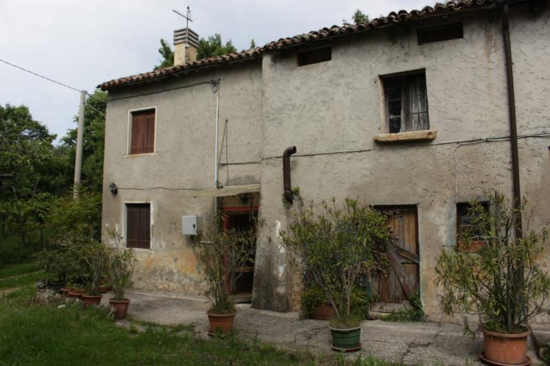 Rustico / Casale in vendita a Mossano, 9999 locali, zona Località: Mossano, prezzo € 100.000 | CambioCasa.it