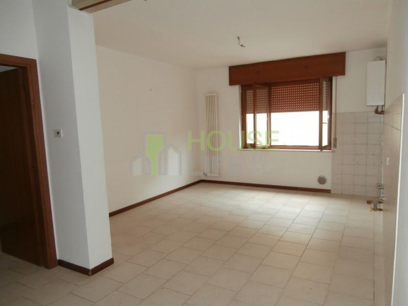 Appartamento in affitto a Malo, 3 locali, zona Località: Malo - Centro, prezzo € 400   CambioCasa.it