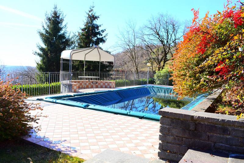 Villa in buone condizioni in vendita Rif. 4109587
