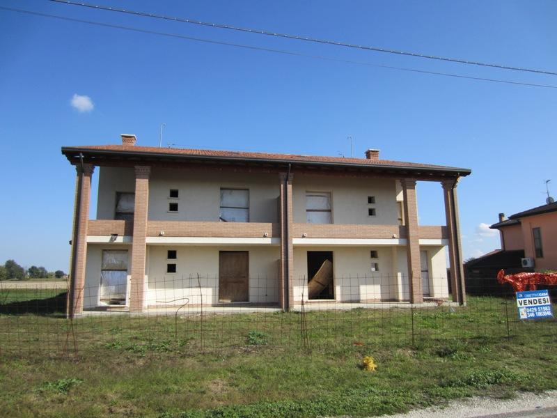 Appartamento in ottime condizioni in vendita Rif. 4110710