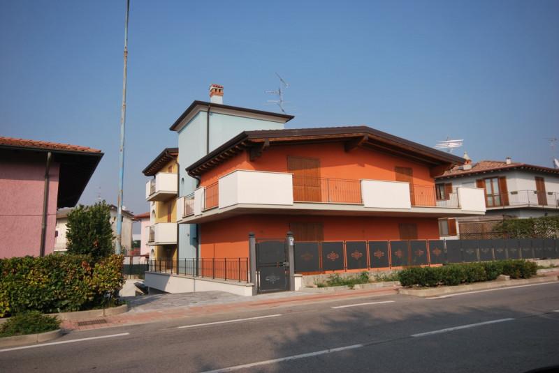 Appartamento in vendita a Bedizzole, 3 locali, zona Località: Bedizzole, prezzo € 158.000 | CambioCasa.it