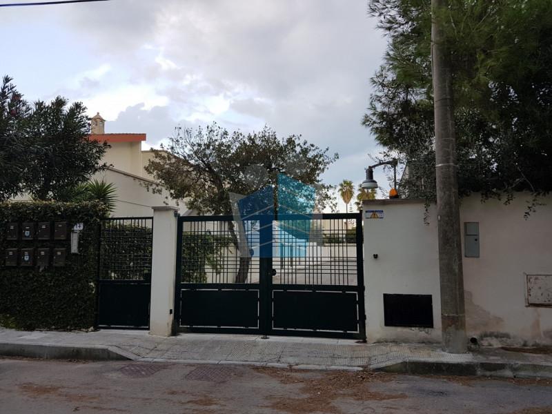 Appartamento in ottime condizioni in vendita Rif. 7492642