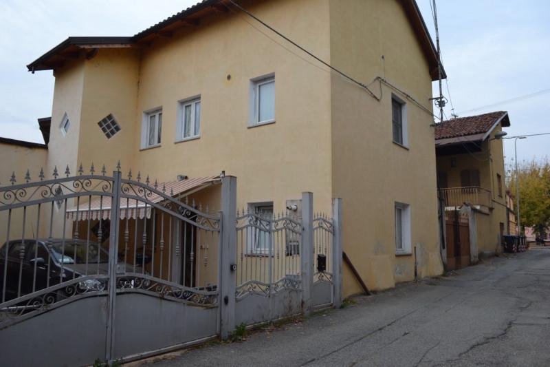 Villa in vendita a Foglizzo, 4 locali, zona Località: Foglizzo - Centro, prezzo € 139.000 | CambioCasa.it