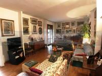 appartamento in vendita Firenze foto 003__galluzzo_vendesi_appartamento_3_camere_2_terrazze__garage_04.jpg