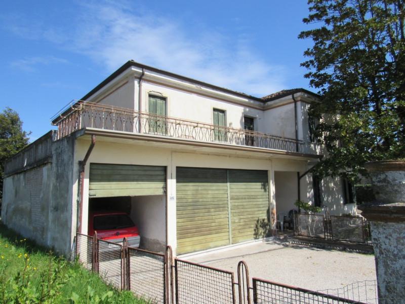 Appartamento da ristrutturare in vendita Rif. 10762942