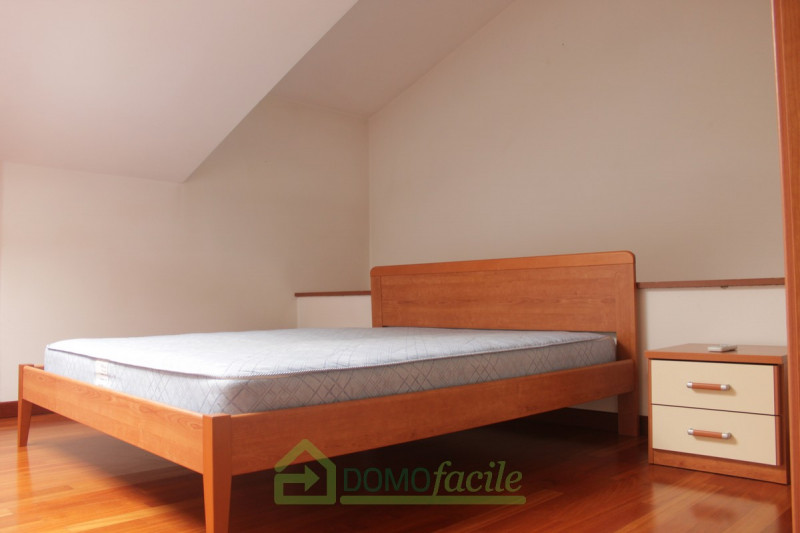 APPARTAMENTO DUPLEX - https://media.gestionaleimmobiliare.it/foto/annunci/171130/1703661/800x800/006__montebello_-_bicamere__07.jpg