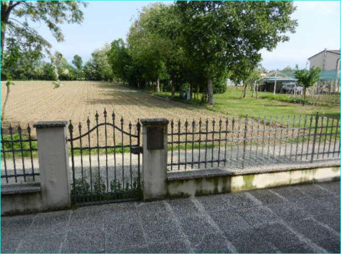 Casa Indipendente in ottime condizioni in vendita Rif. 4119252