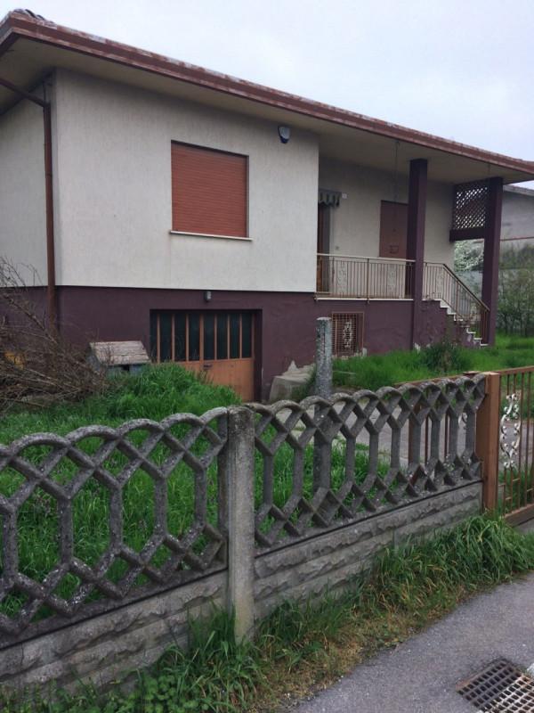Villa in vendita a Castelbaldo, 9999 locali, zona Località: Castelbaldo - Centro, prezzo € 85.000 | CambioCasa.it