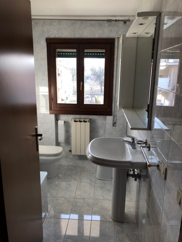 2 CAMERE A 89.000 EURO - https://media.gestionaleimmobiliare.it/foto/annunci/180129/1719254/800x800/005__img_1566.jpg