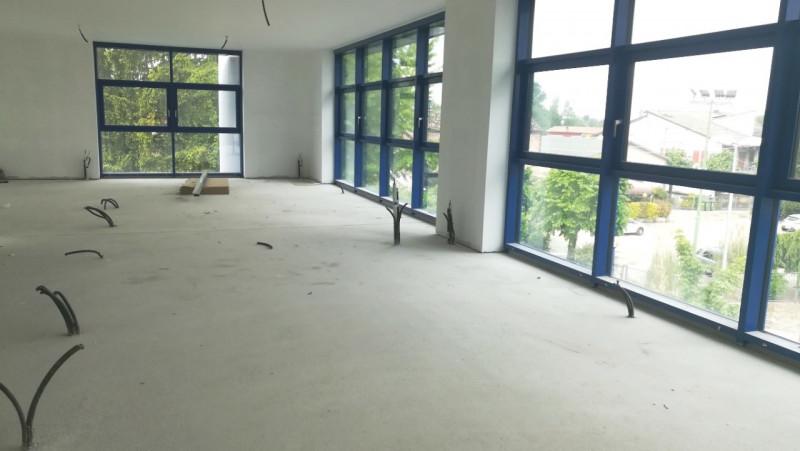 Ufficio / Studio in affitto a Selvazzano Dentro, 3 locali, zona Località: Selvazzano Dentro, prezzo € 945 | CambioCasa.it