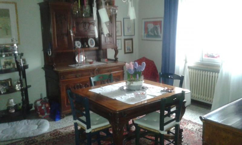 Villa in vendita a Castelbaldo, 6 locali, prezzo € 190.000 | CambioCasa.it
