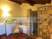 rustico in vendita Montespertoli foto 015__a_vendesi_san_casciano_colonica_giardino_018.jpg