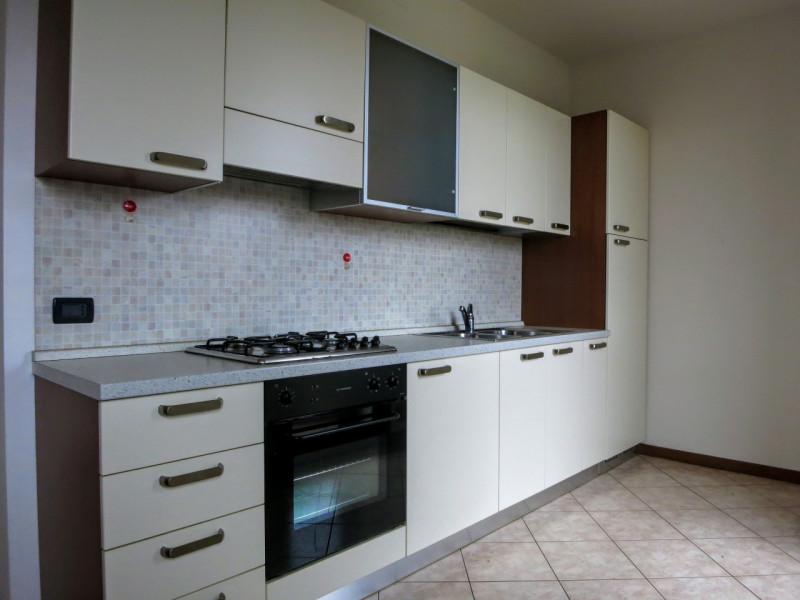 Appartamento in ottime condizioni arredato in affitto Rif. 4125627