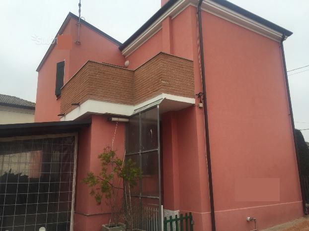 Casa Indipendente in buone condizioni in vendita Rif. 7169669