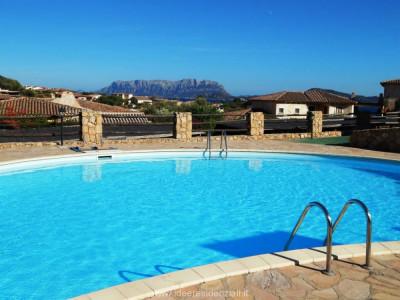 Olbia -Pittulongu - trilocale - residence con piscina - vista mare
