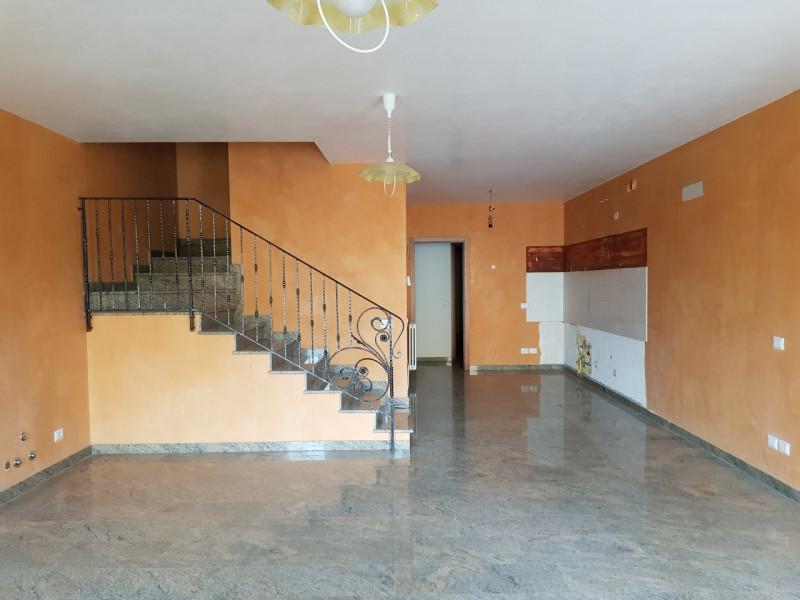 Villetta a schiera in ottime condizioni in vendita Rif. 5436551