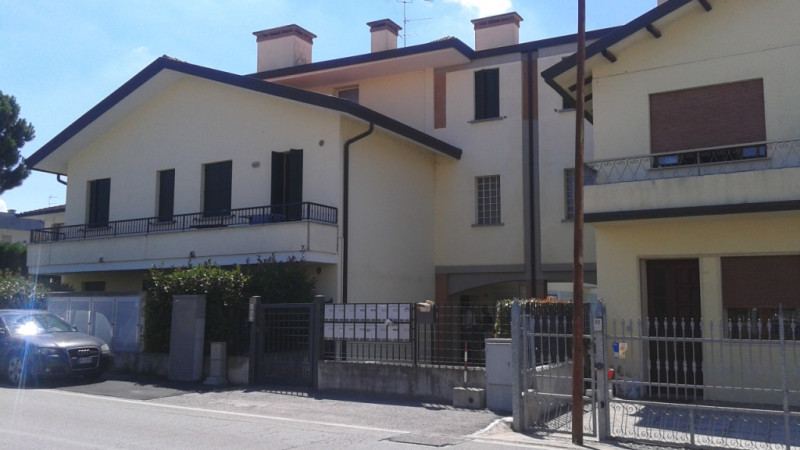 Appartamento in vendita a Rovigo, 3 locali, zona Zona: Granzette, prezzo € 98.000 | CambioCasa.it