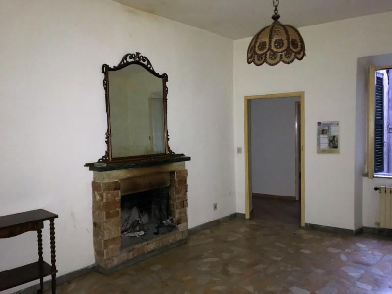 Appartamento in buone condizioni in affitto Rif. 5491673
