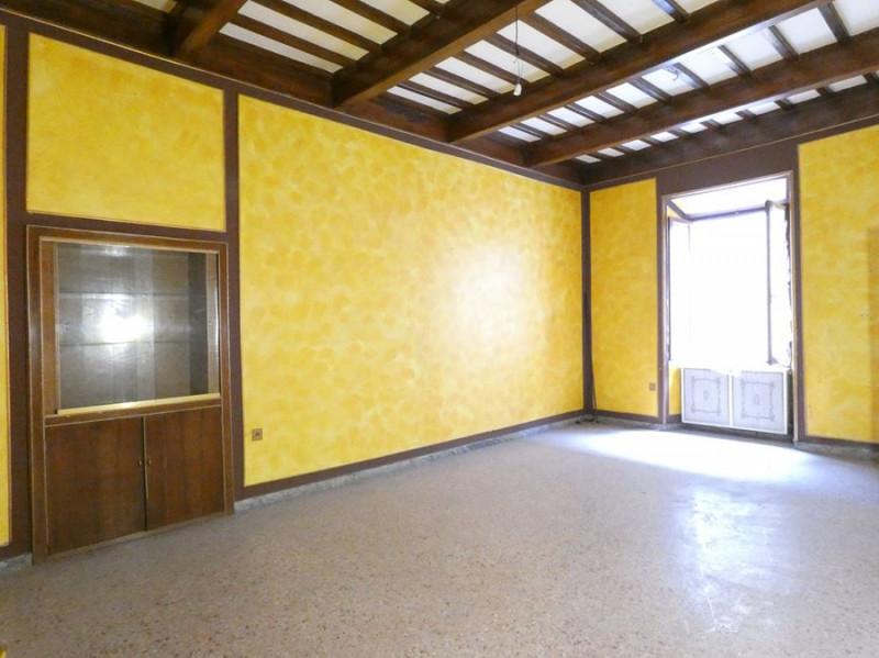 Appartamento da ristrutturare in vendita Rif. 5444178