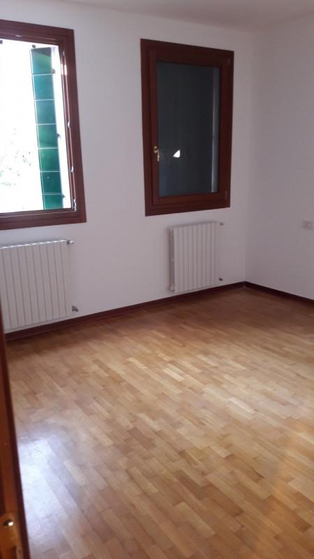 Appartamento in ottime condizioni in affitto Rif. 5808891