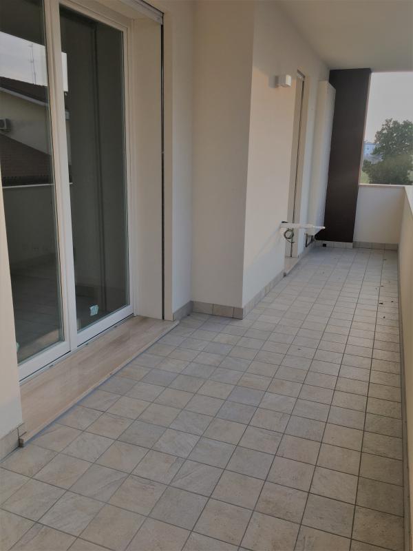Appartamento in vendita a Albignasego, 4 locali, zona Località: Ferri, prezzo € 218.000 | CambioCasa.it