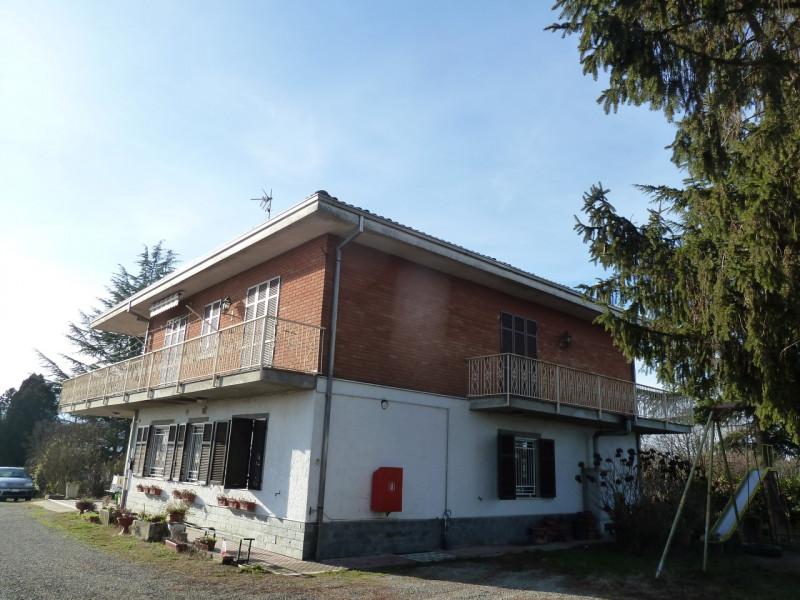 Appartamento in vendita a Valenza, 4 locali, zona Località: Valenza, prezzo € 120.000 | CambioCasa.it