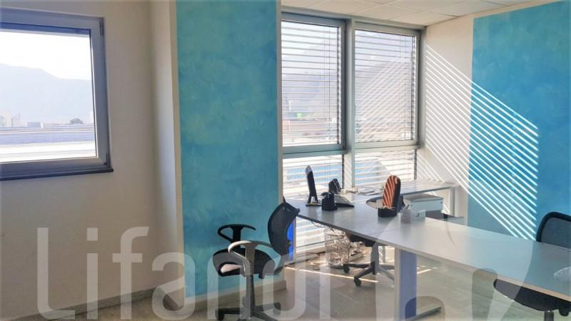 Ufficio in buone condizioni in vendita Rif. 5695885