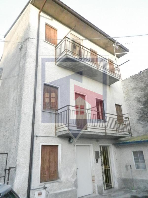 Villetta a schiera in vendita Rif. 10572608