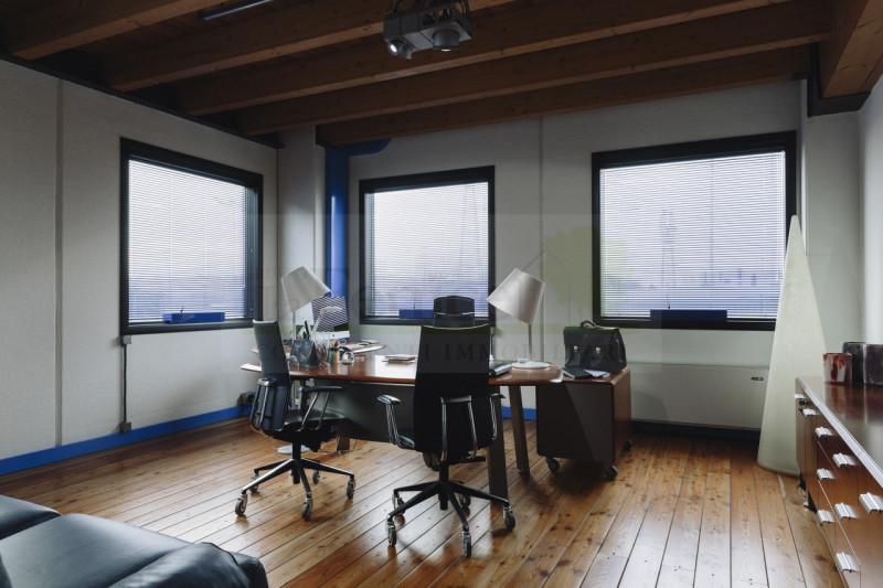 CERESARA: CENTRO DIREZIONALE CON UFFICI - https://media.gestionaleimmobiliare.it/foto/annunci/180317/1755723/800x800/035__5_wmk_0.jpg