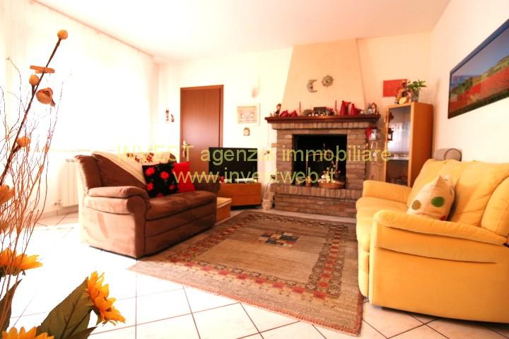 Appartamento in ottime condizioni in vendita Rif. 5801223