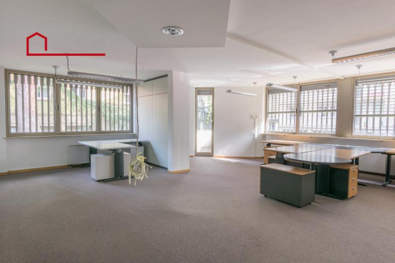 Ufficio in buone condizioni arredato in vendita Rif. 6472273