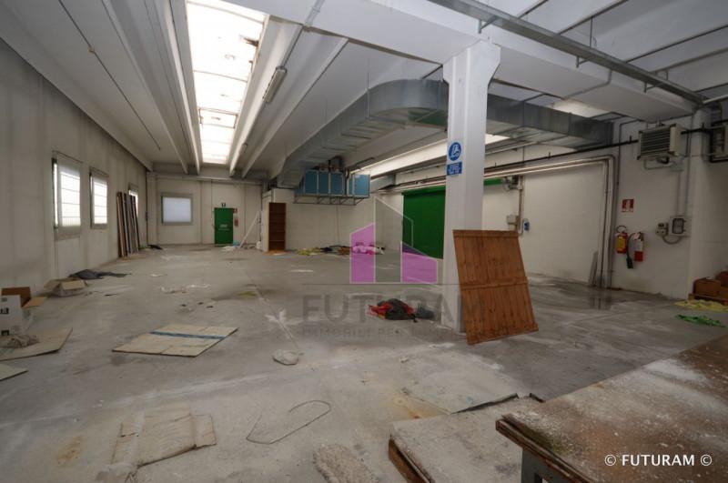 LABORATORIO CON PICCOLA AREA COMMERCIALE____Carmignano di Brenta - https://media.gestionaleimmobiliare.it/foto/annunci/180322/1757347/800x800/014__9g_risultato.jpg