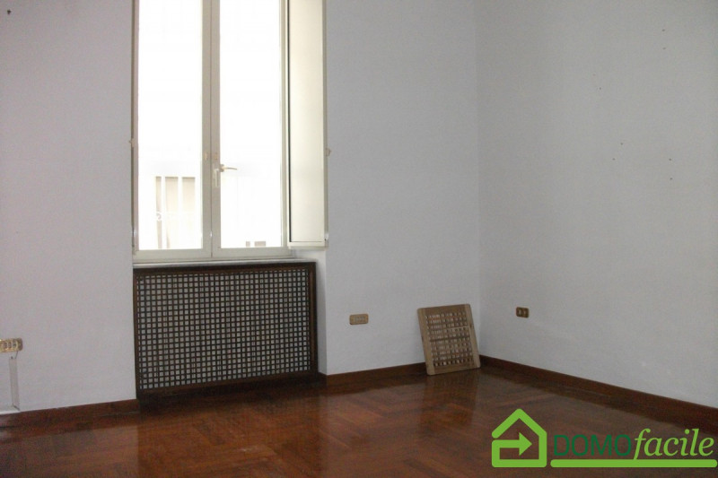 Mergellina quadrivani - https://media.gestionaleimmobiliare.it/foto/annunci/180329/1759415/800x800/009__dscf0055.jpg
