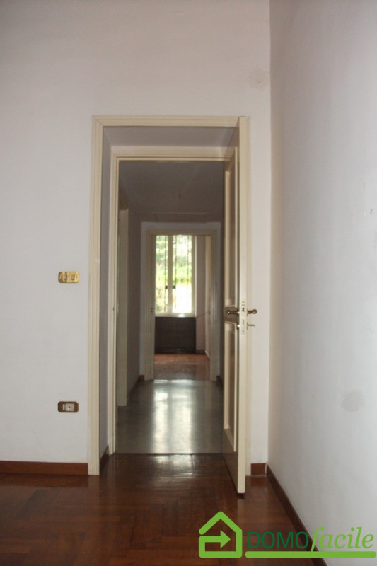 Mergellina quadrivani - https://media.gestionaleimmobiliare.it/foto/annunci/180329/1759415/800x800/011__dscf0057.jpg