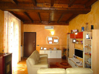 appartamento in vendita Sannazzaro Dè Burgondi foto 004__05.jpg