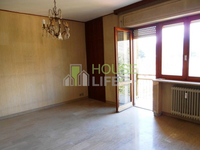 Appartamento in vendita a Schio, 4 locali, zona Località: Magrè, prezzo € 67.000   CambioCasa.it