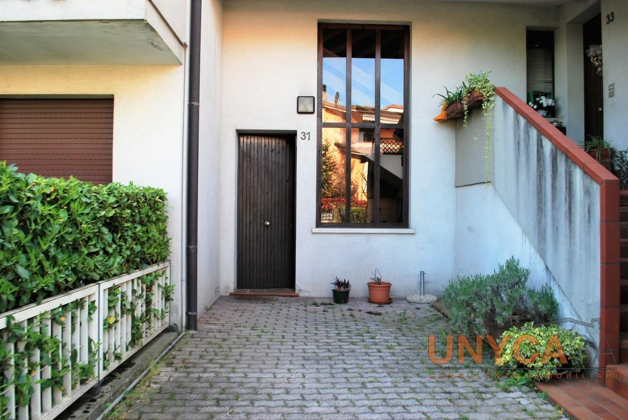 Saccolongo - Canton della Madonna - appartamento luminoso con tre camere