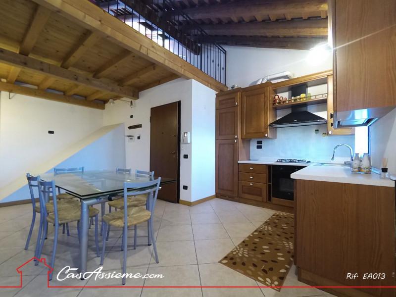 Appartamento ristrutturato arredato in vendita Rif. 8755614