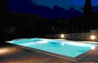 Villetta indipendente con piscina e parco