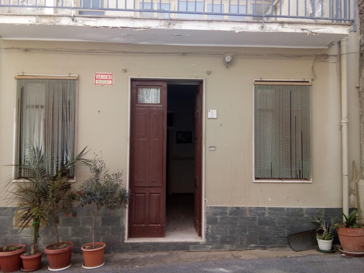 Rif gci009 meri 39 casa indipendente su due livelli for Aggiunte a casa su due livelli