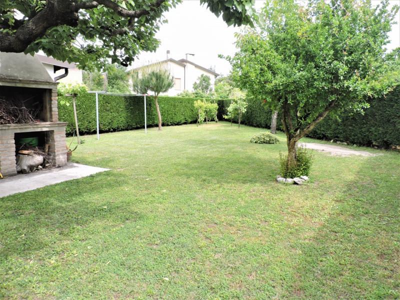 Villa in vendita a Papozze, 7 locali, zona Località: Papozze - Centro, prezzo € 169.000   CambioCasa.it