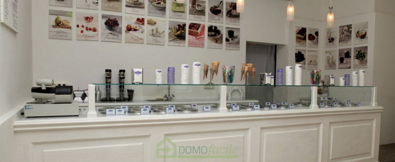 GELATERIA CON LABORATORIO - https://media.gestionaleimmobiliare.it/foto/annunci/180518/1793720/800x800/004__gelateriavicenza06_1.jpg